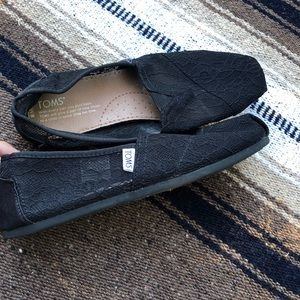 Toms lace Flats